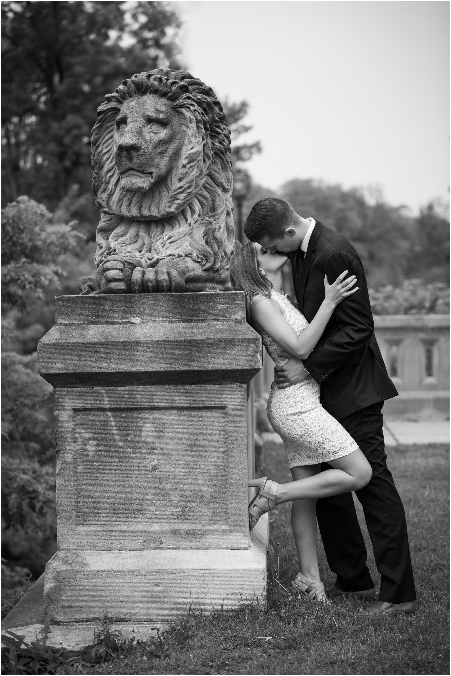 Intimate Engagement Photos by Milwaukee Photographer