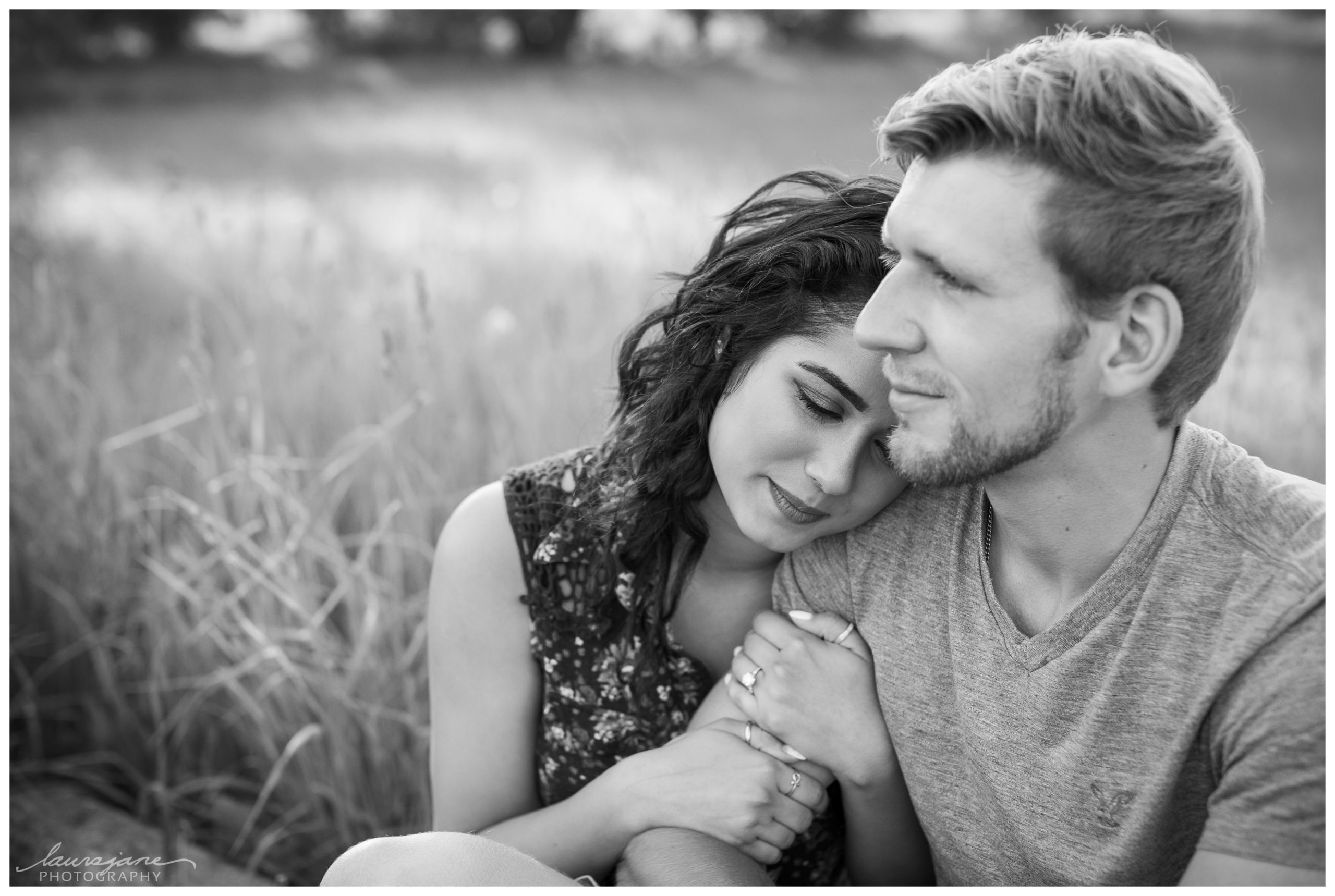 Soft and romantic engagement photos